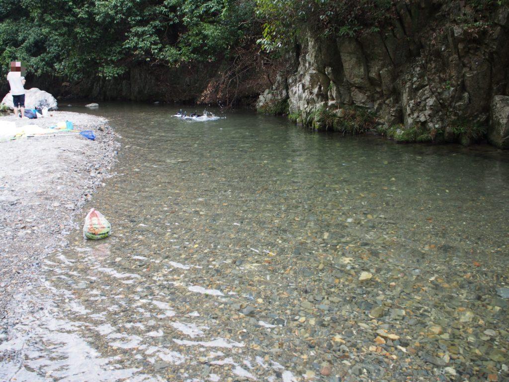 摂津峡でシュノーケリング