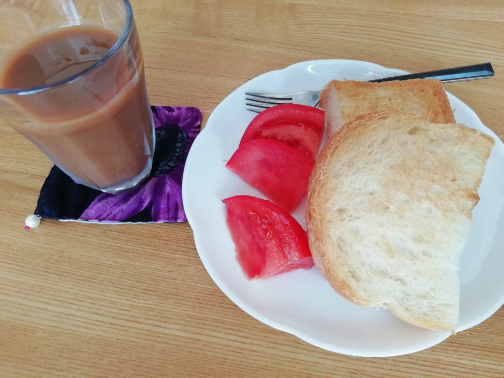 DONQのハードトーストとコーヒー